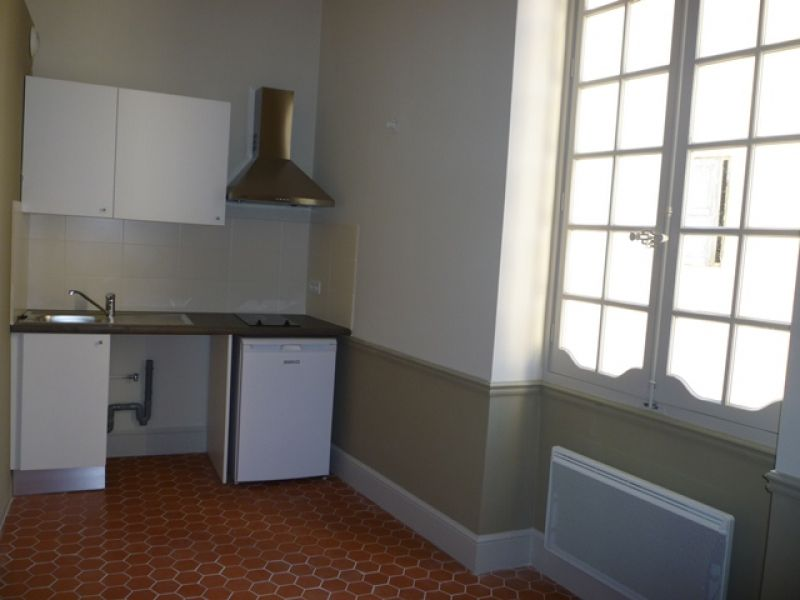 A LOUER - APPARTEMENT 1 PIECE - CARPENTRAS